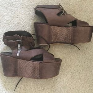 Shoes - Leather platforms